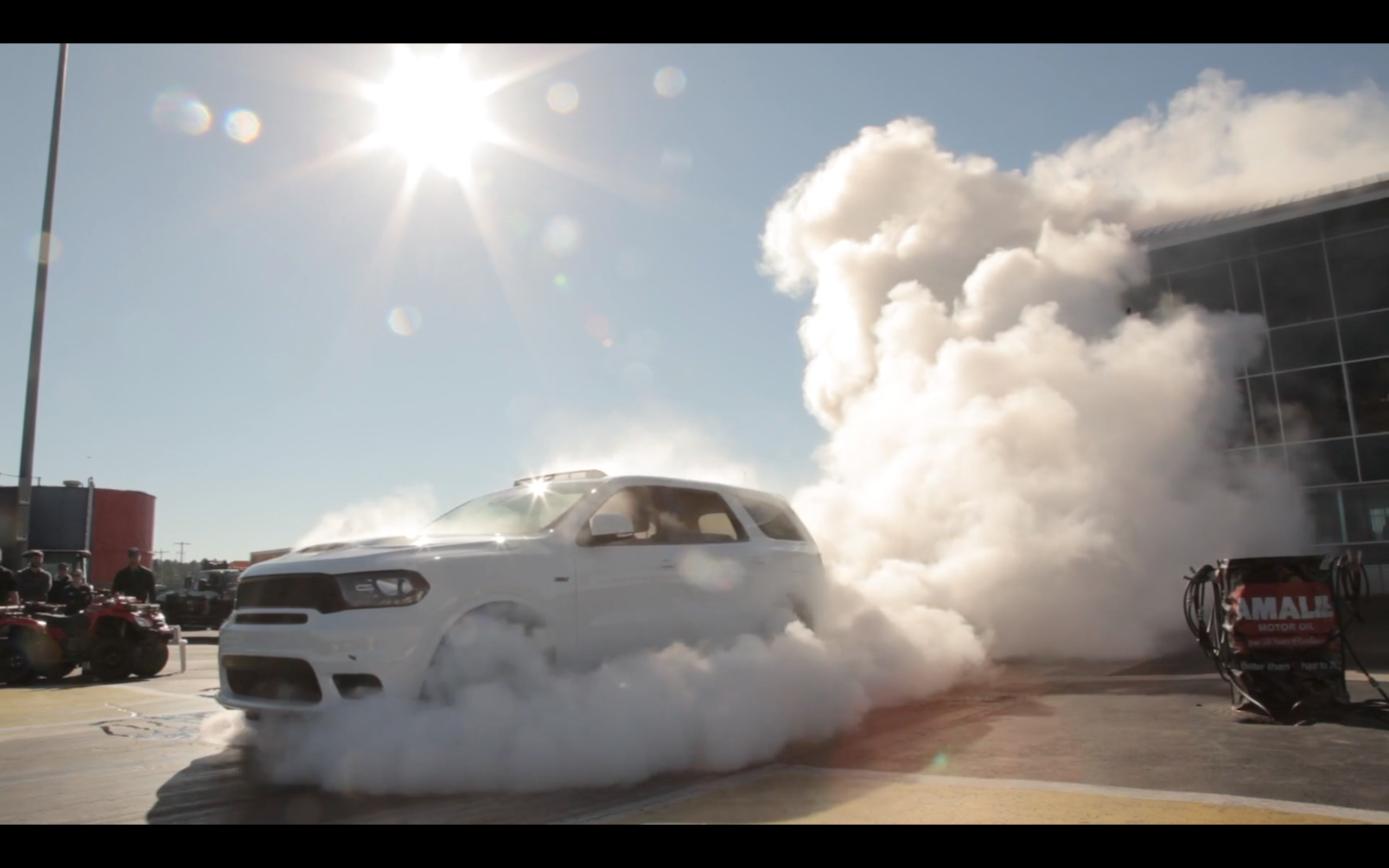 Neon Srt 4 2017 >> VIDEO: Dodge Durango SRT - 4 Wheel BURNOUT!!! | SRTLIFE